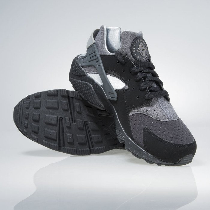 ... Nike Air Huarache Run Se black   wolf grey-wolf grey 852628-001 ... b193df4be6