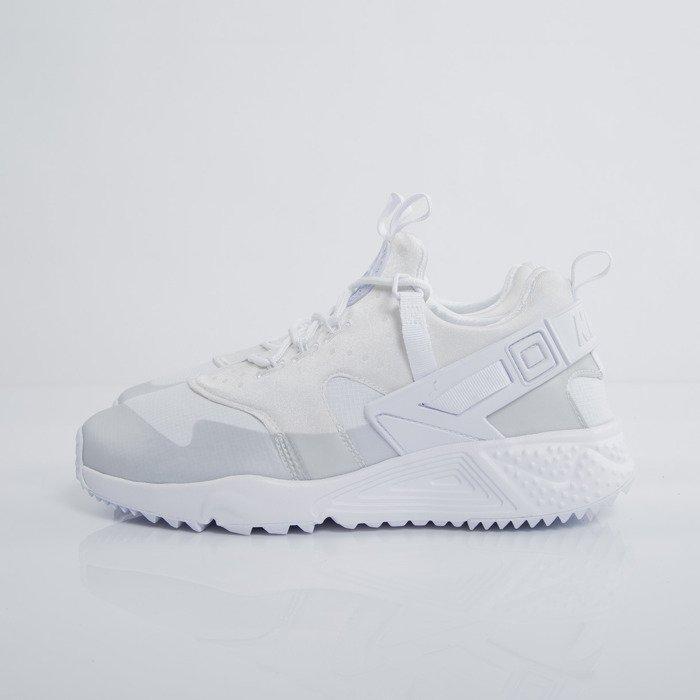 nike huarache utility white