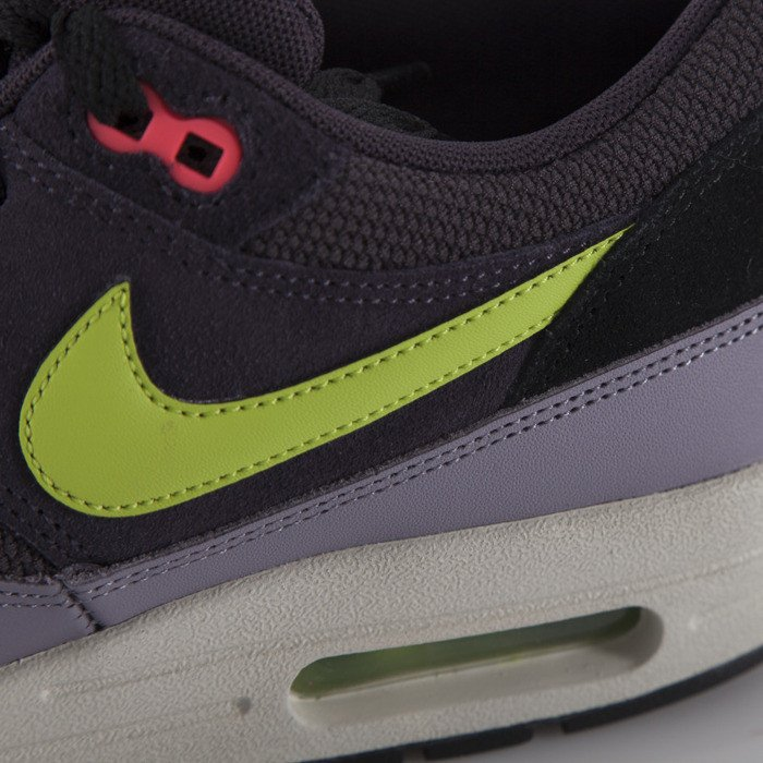 pretty nice 0be60 d868d ... Nike Air Max 1 Essential cave purple  force green-purple steel (537383-  ...