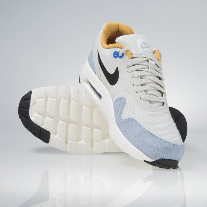 Nike Air Max 90 Essential Men's Shoes, Cream (9.5) 537384 074