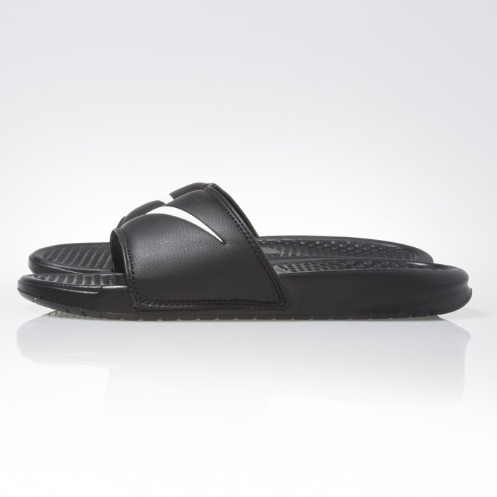 02b60bf6e2e66 ... Nike Benassi Swoosh black   white (312618-011) ...