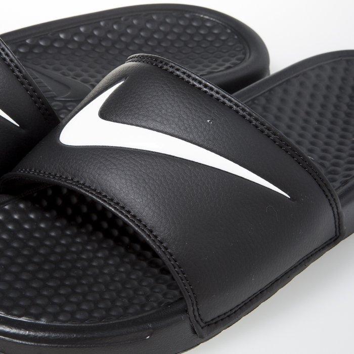 a7cd880b9772 ... Nike Benassi Swoosh black   white (312618-011) ...
