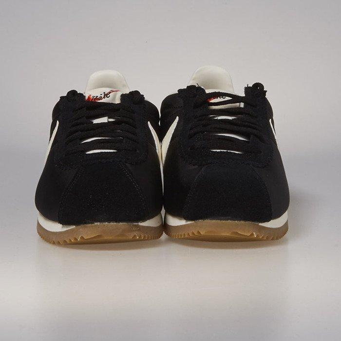 innovative design 8d38a d4cb3 ... Nike Classic Cortez Nylon Premium black   sail - gum light brown 876873- 002 ...