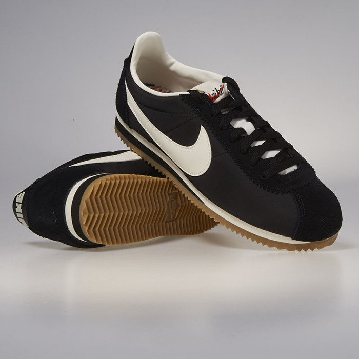 innovative design 67a16 2a6df ... Nike Classic Cortez Nylon Premium black   sail - gum light brown 876873- 002 ...