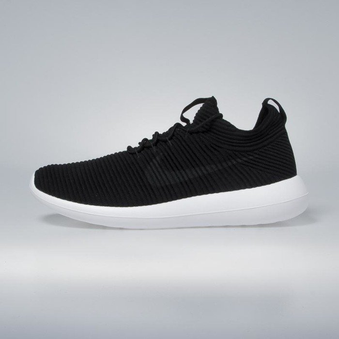... Nike Roshe Two Flyknit V2 black   anthracite - black - white 918263-002  ... 6cbba19783ff
