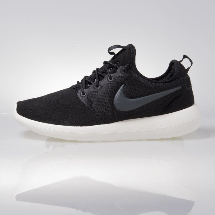 db4f622d6f7e4 Nike Roshe Two black (844656-003) .