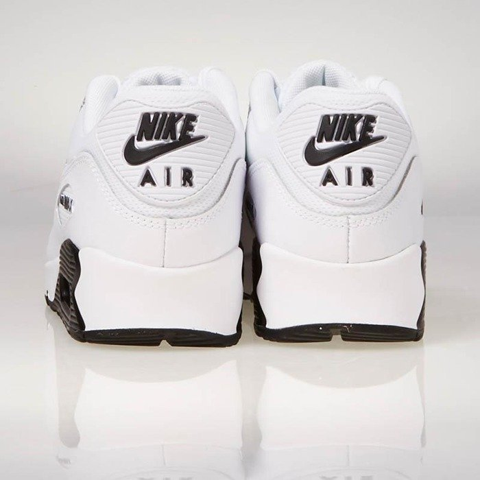 Nike Wmns Air Max 90 | White | Sneakers | 325213 126