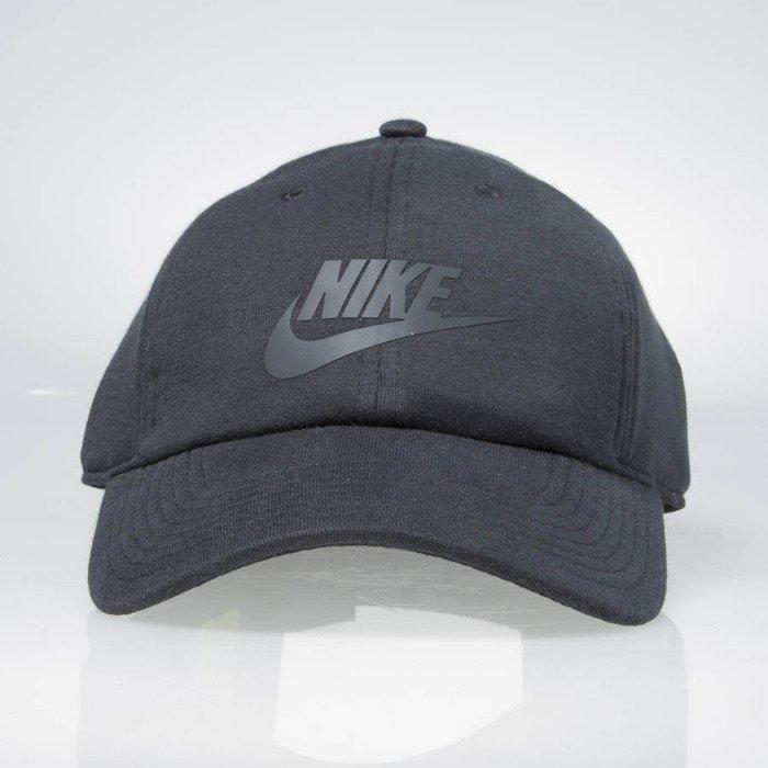 ... Nike Womens Heritage 86 Strapback black 828647-010 ... bbf59aeae91