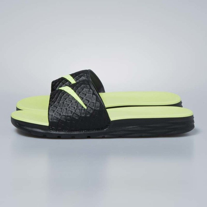 345478aceba ... Nike sliders Benassi Solarsoft black   volt 705474-070 ...