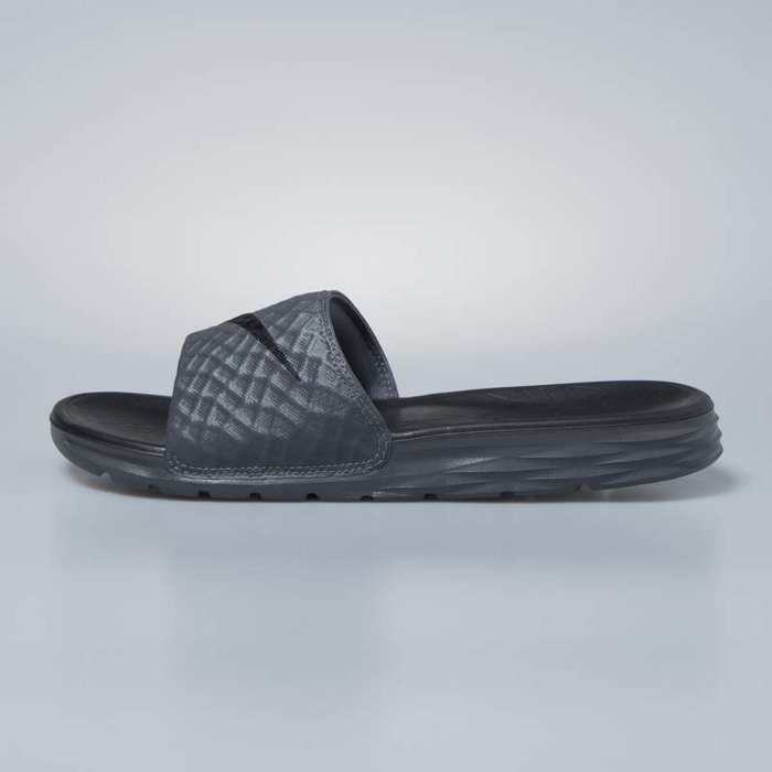 c13bee3ee ... Nike sliders Benassi Solarsoft dark grey   black 705474-090 ...