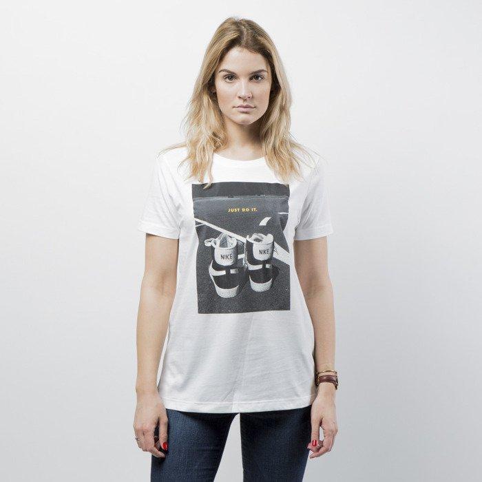 16b647be4 Nike women t-shirt NSW Tee Ftwr white AH2477-100 | Bludshop.com