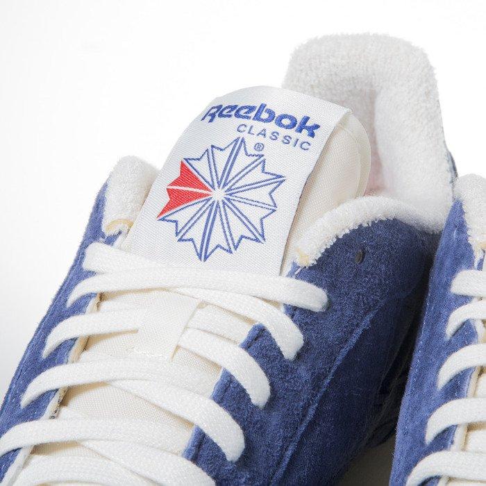 5bbb11043a1 ... Reebok Classic CL Leather Clean UJ midnight blue   chalk (V67818) ...