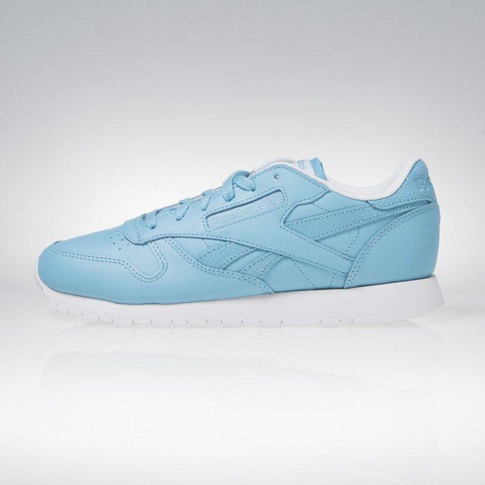 0aa04fbe350 Reebok Classic CL Leather Seasonal II Women crisp blue   white AR2804
