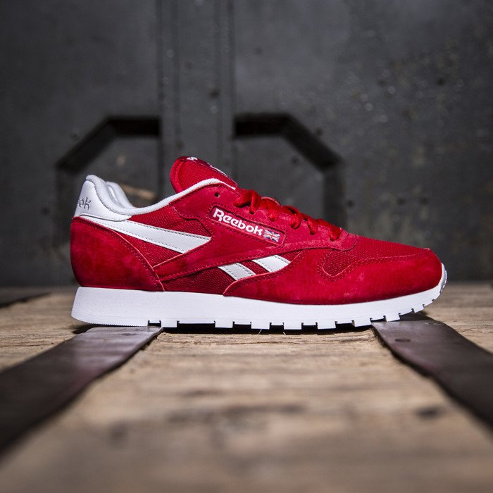 Red Classic Reebok Is Leather Whitev69420 Excellent KclFT1J