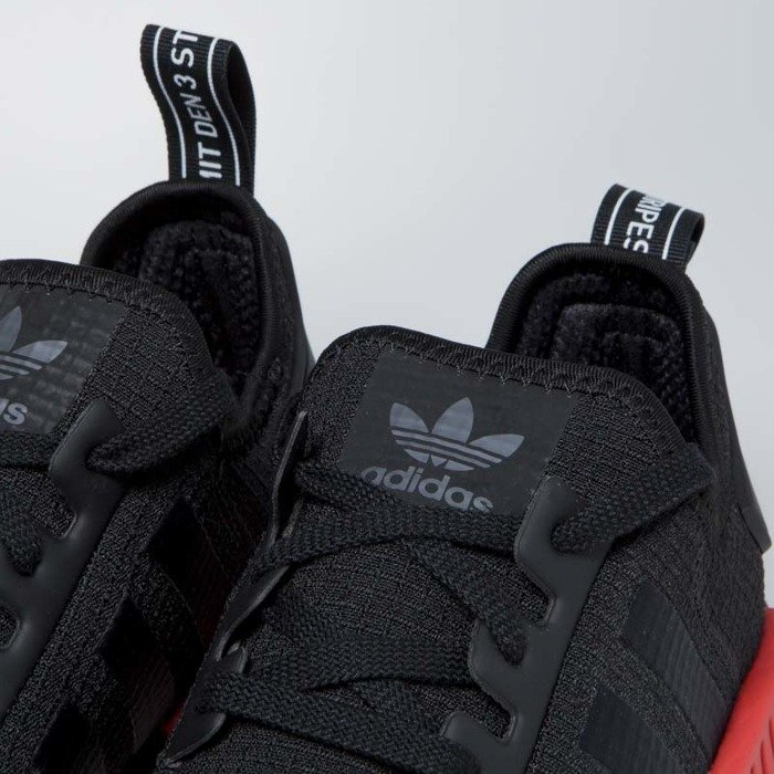 new product d05bd 29336 Sneakers Adidas Originals NMD_R1 core black / lush red (B37618)