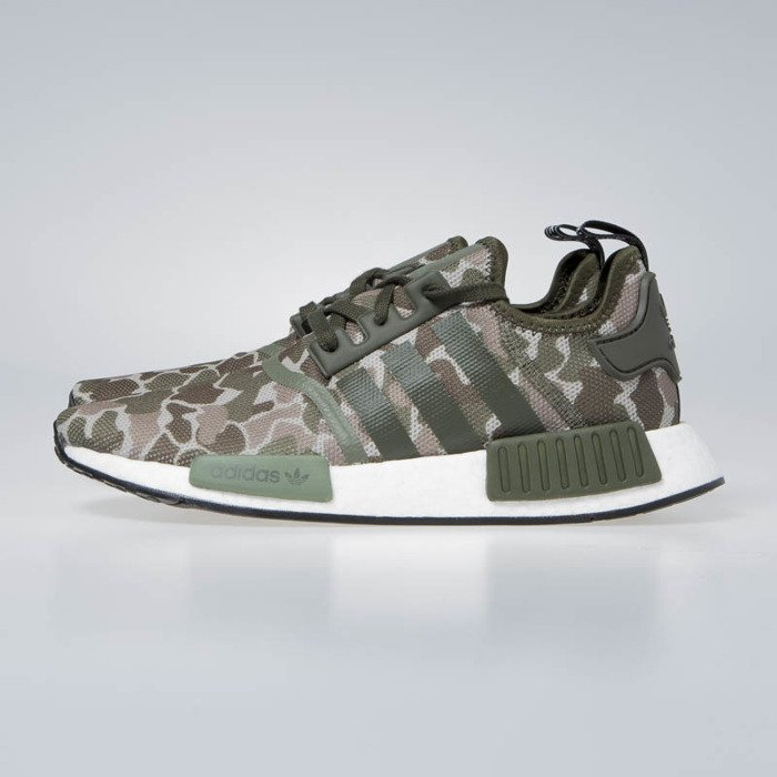 new product 45ae0 6cece ... Sneakers Adidas Originals NMD R1 sesame trace cargo base green (D96617)  ...