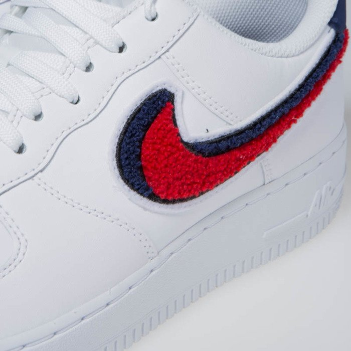 c2afaf864ff ... Sneakers Nike Air Force 1 '07 LV8 white/university red-blue void ...