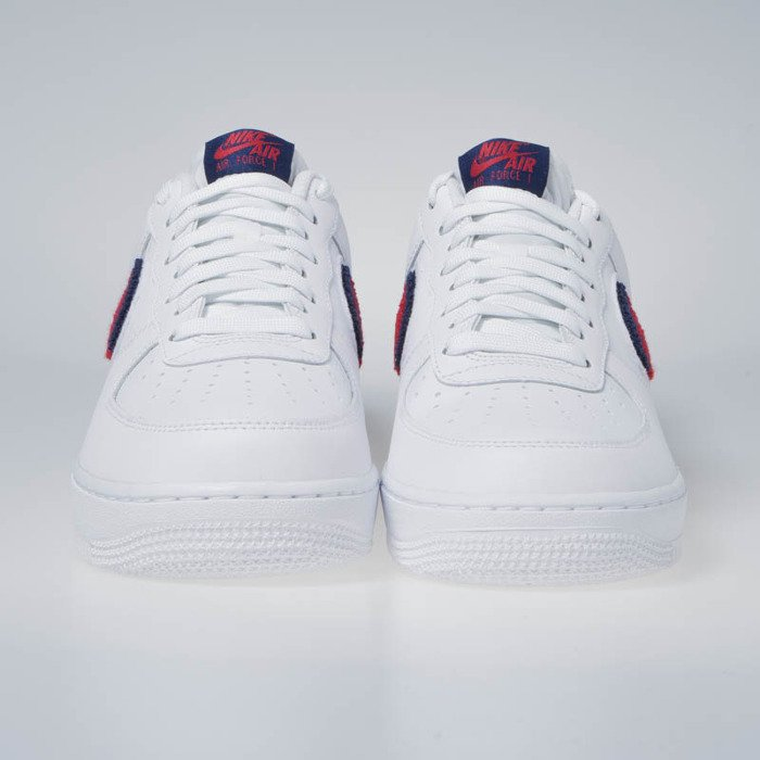 cheap for discount c85a6 7c5ae ... Sneakers Nike Air Force 1  07 LV8 white university red-blue void ...