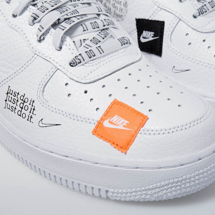 ... Sneakers Nike Air Force 1  07 PRM JDI white-black-total orange ... f0a10e367
