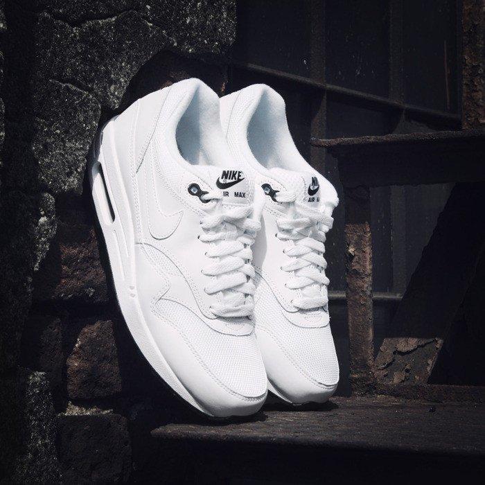 00133821a8bf1a Sneakers Nike Air Max 1 Essential white   white - black (537383-125) ...