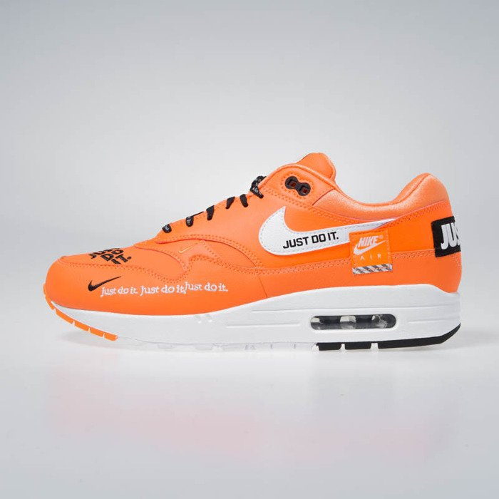 Sneakers Nike Air Max 1 LX total orangewhite black (917691 800)