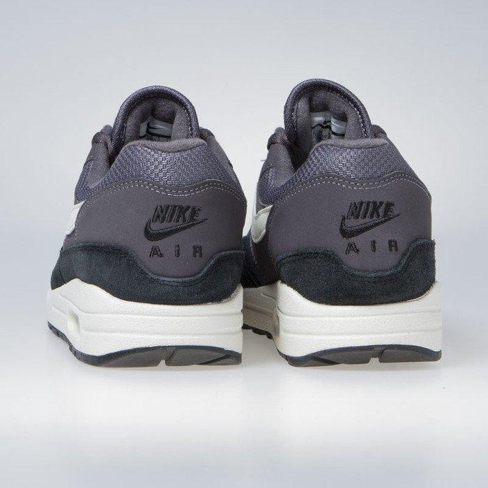 timeless design 58415 db229 ... Sneakers Nike Air Max 1 thunder grey   sail-sail-black (AH8145- ...