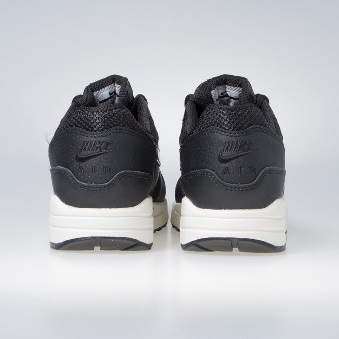 finest selection eaf01 80be5 ... Sneakers Nike WMNS Air Max 1 black   black-black-summit white (319986  ...