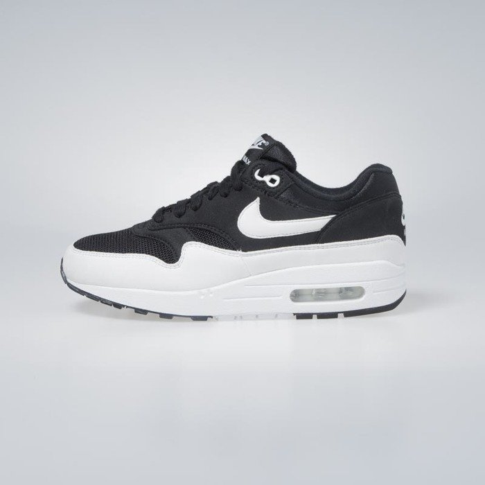 best service 28620 277c6 Sneakers Nike WMNS Air Max 1 black white 319986-034   Bludshop.com