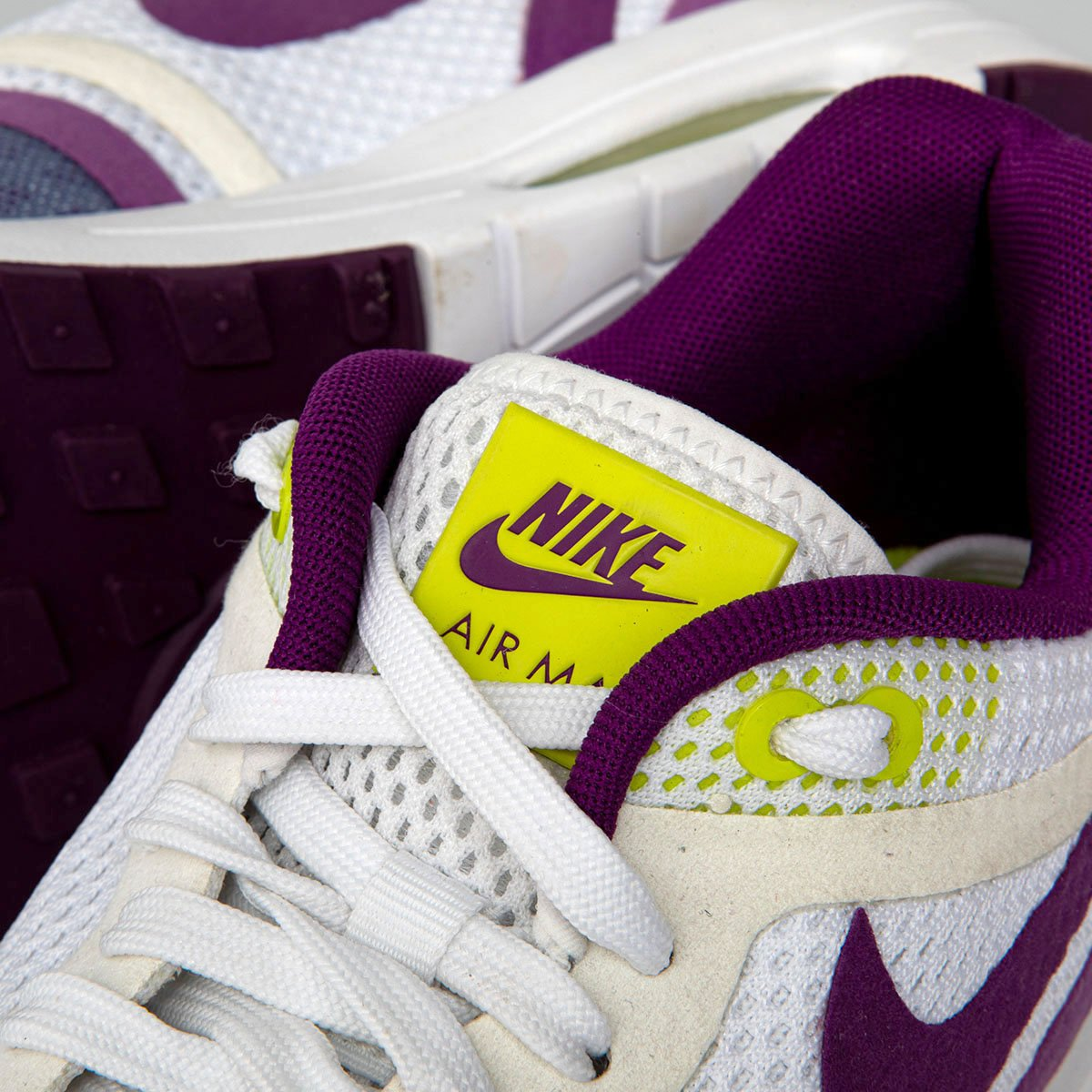 the latest b679c bee66 ... Sneakers Nike WMNS Air Max 1 desert   black-green glow-white (319986 ...