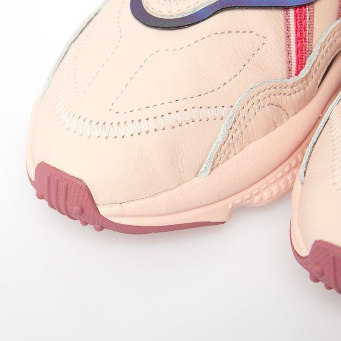 Sneakers buty damskie Adidas Originals Ozweego icey pinkreal pinktrace maroon (EE5719)