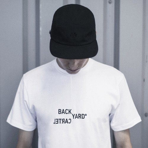 Backyard Cartel t-shirt Broken white
