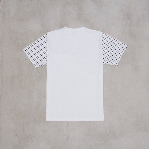 Backyard Cartel t-shirt Dots Sleeve white