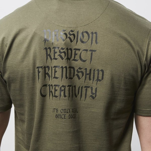Elade T-shirt Our Theory olive