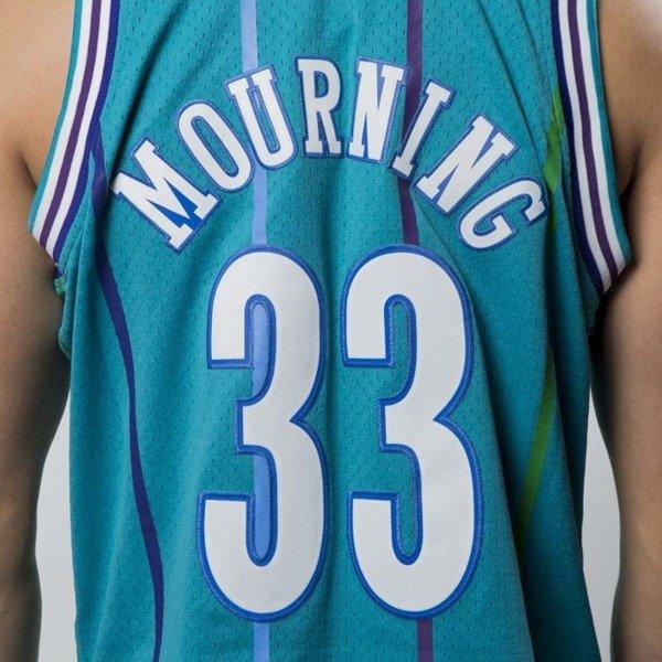 ... Mitchell   Ness Charlotte Hornets  33 Alonzo Mourning blue Swingman  Jersey ... daf87c042