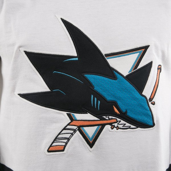 Mitchell & Ness San Jose Sharks Longsleeve off white Changing on the Fly
