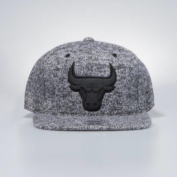 cfbfb9a11ff ... Mitchell   Ness cap snapback Chicago Bulls black ...