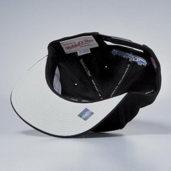 f4a27341fec ... best price mitchell ness cap snapback detroit pistons black easy three  digital 04400 097ec