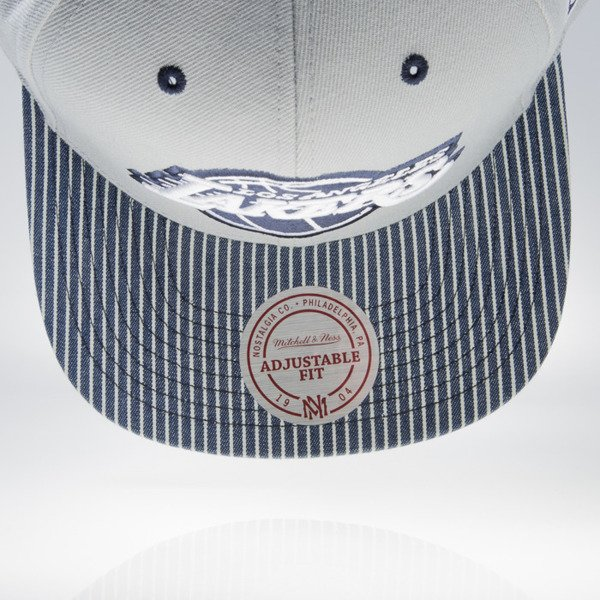 Mitchell & Ness cap snapback Los Angeles Lakers grey / white ENGINEER STRIPE VW48Z