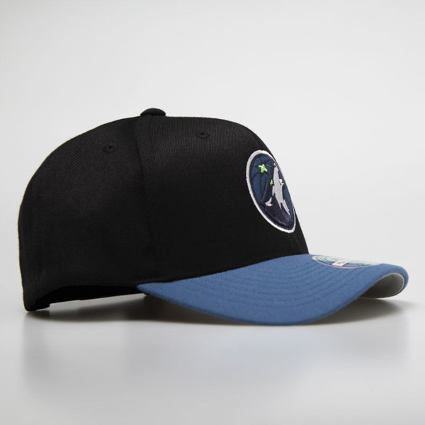 Mitchell & Ness snapback Minnesota Timberwolves black / royal 2 Tone 110