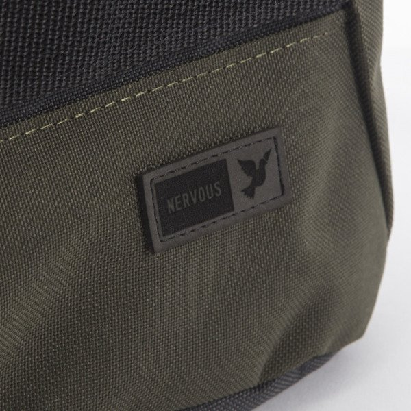Nervous Classic olive / grey