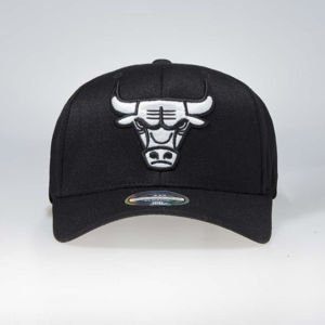 Czapka Mitchell & Ness snapback Chicago Bulls black Black & White Flexfit 110