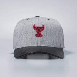 Czapka Mitchell & Ness snapback Chicago Bulls grey / black Vintage Top Shelf Curve