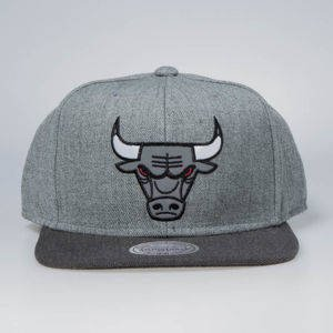 Czapka Mitchell & Ness snapback Chicago Bulls grey / charcoal Heather Reflective