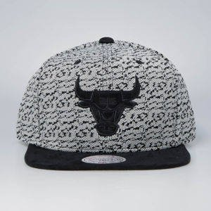 Czapka Mitchell & Ness snapback Chicago Bulls turtle Three 50