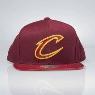 Czapka Mitchell & Ness snapback Cleveland Cavaliers INTL003 Patent 2Tone