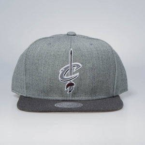 Czapka Mitchell & Ness snapback Cleveland Cavaliers grey / charcoal Heather Reflective