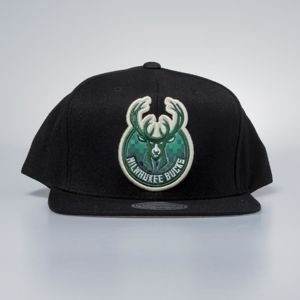 Czapka Mitchell & Ness snapback Milwaukee Bucks black Easy Three Digital XL
