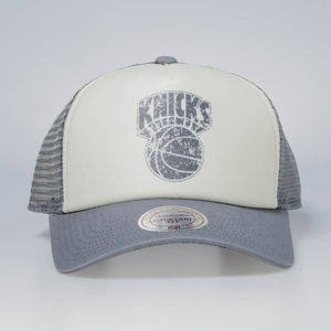 Czapka Mitchell & Ness snapback New York Knicks stone / charcoal The Distressed Print P.P Trucker