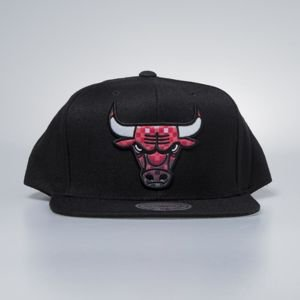 Czapka Mitchell & Ness snapbak Chicago Bulls black Easy Three Digital XL