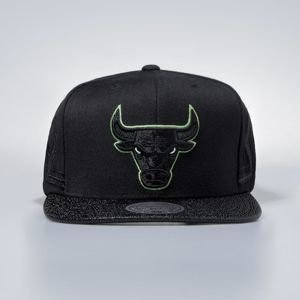Czapka Mitchell & Ness snapbeck Chicago Bulls black Altitude Jersey